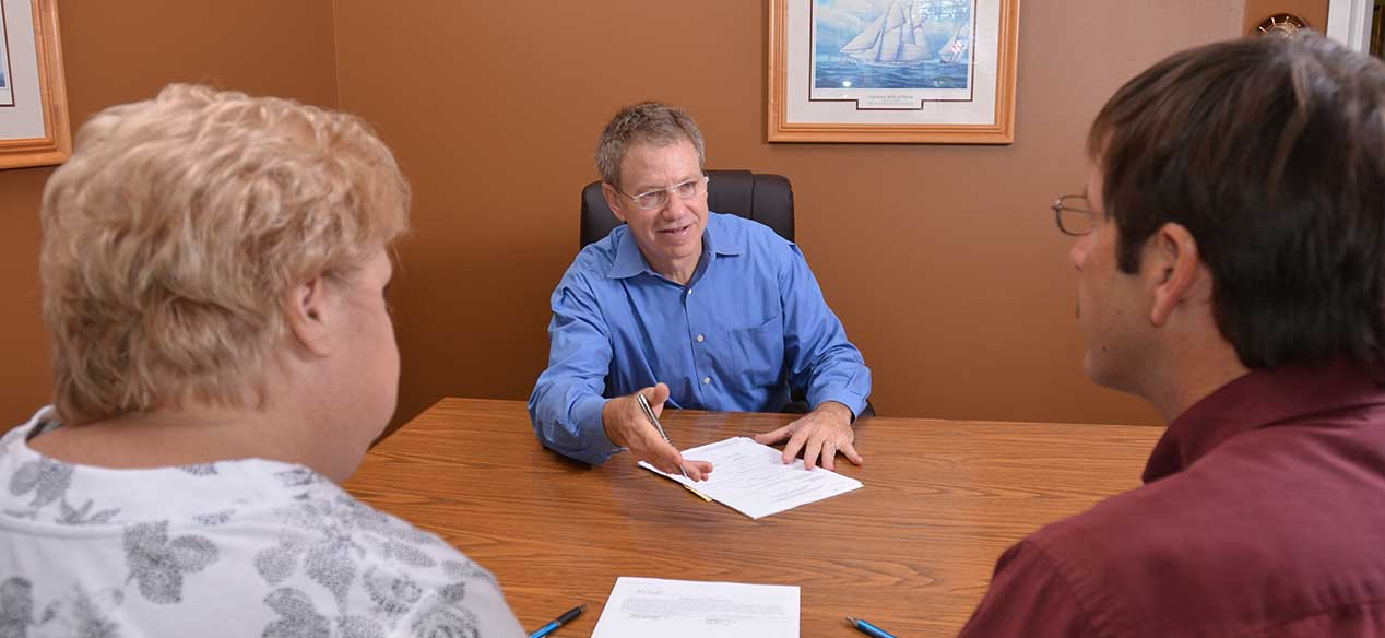 Reasons Why You Should Hire Bankruptcy Lawyers